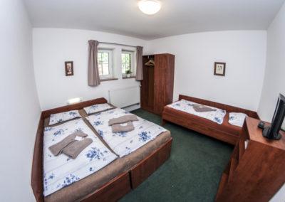 Apartmán 3+3 - pokoj A